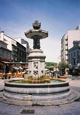 fontaine dauphins